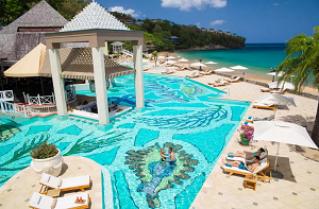 65% off Sandals Royal Bahamian All-Inclusive Bahamas Resort + $1000 Flight Credit
